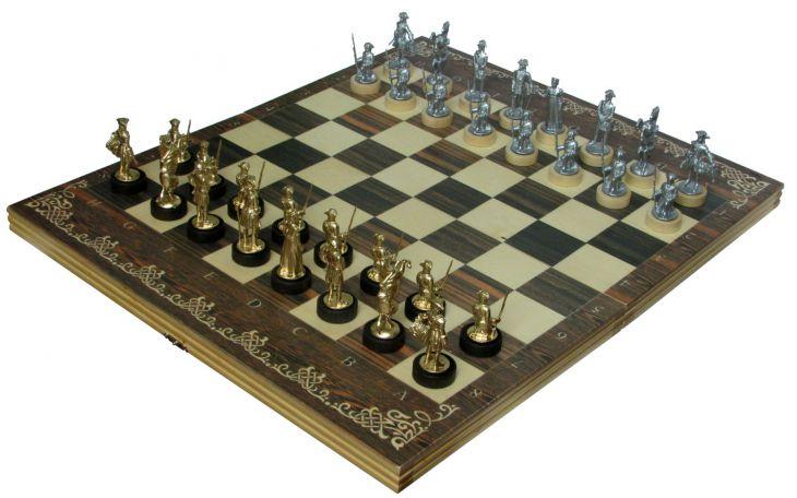 """Шахматы исторические """"Полтава"""" с фигурами из покрашенного цинкового сплава"""
