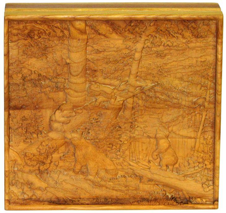 """Шкатулка """"Утро в сосновом лесу"""" из массива мореного ясеня 21x23 см"""