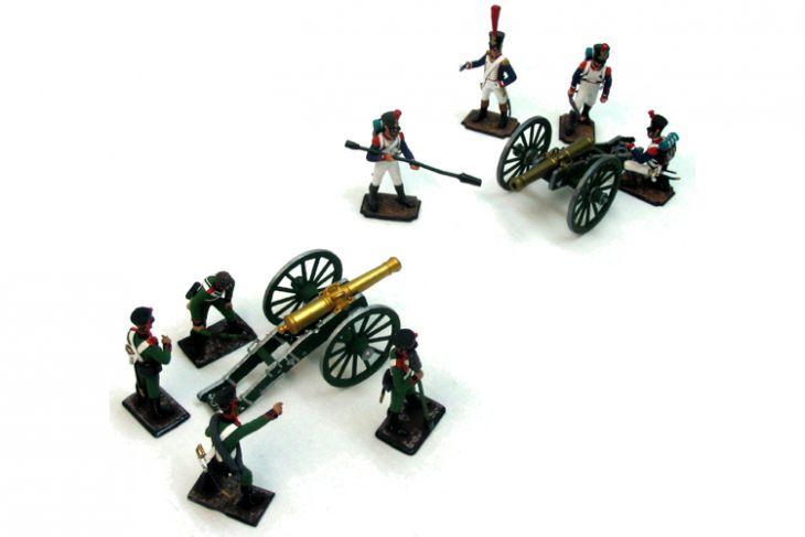 """Набор миниатюр в деревянной шкатулке """"Артиллерийское сражение"""" (8 фигур и 2 пушки)"""