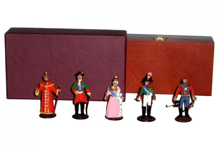 """Набор миниатюр в деревянной шкатулке """"Русские цари"""" (5 фигур)"""